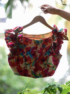 Simple Blouse Designs, Stylish Blouse Design, Bridal Blouse Designs, Blouse Neck Designs, Sleeves Designs For Dresses, Tadelakt, Designer Blouse Patterns, Felt, Spirit