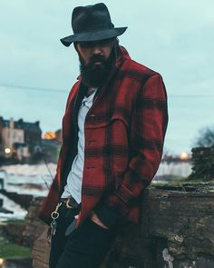 Lane Toran - full thick dark beard and mustache beards bearded man men mens' style clothing fall winter flannel plaid bearding #beardsforever