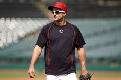 Cleveland Indians outfielder Lonnie Chisenhall to participate in live Facebook chat today at 1PM from Tribe Fest