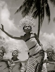 Balinese dancers by Horace Bristol