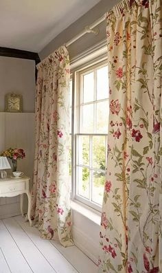 shabby chic blue rose floral curtain kitsch retro vintage made to order curtains via. Black Bedroom Furniture Sets. Home Design Ideas