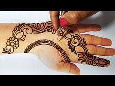 Mehndi Designs For Girls, Wedding Mehndi Designs, Latest Mehndi Designs, Simple Mehndi Designs, Henna Designs, Henna Mehndi, Henna Art, Mehendi Simple, Beautiful Mehndi Design