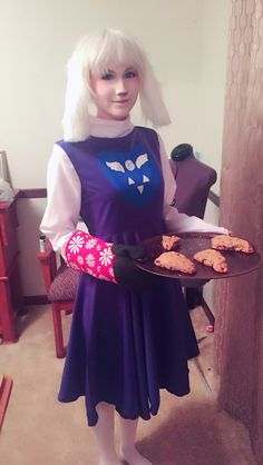 Cat Cosplay, Cosplay Ideas, Costume Ideas, Toriel Cosplay, Undertale Costumes, Emo Girls, Amazing Cosplay, Cute Anime Couples, Cat Shirts