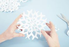 5 simple ways to make your own Christmas baubles