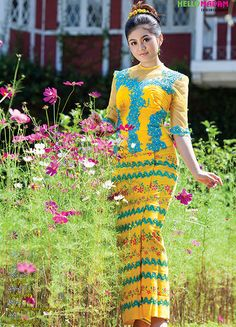 Myanmar Fashion Catalog and Gems and Jewelry Catalog. Myanmar Traditional Dress, Traditional Dresses, Modest Fashion Hijab, Fashion Dresses, Burmese Girls, Myanmar Dress Design, Myanmar Women, Singer Fashion, Thai Fashion