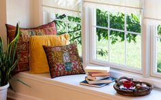Where's your favorite reading nook - is by a window seat in your home? Feng Shui Tips, Living Spaces, Living Room, Reading Nook, Coffee Reading, Home Improvement Projects, Home Decor Items, Windows And Doors, Hygge