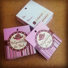 Tag Personalizada, fundamental para sua embalagem! Orçamento pelo e-mail (contato.asproducao@gmail.com) #adesivo #rotulos #etiqueta #banner #panfleto #tagpersonalizada #cartaodevisita #cartaofidelidade #papelaria #papelariapersonalizada #brigadeiro #brigadeirogourmet #brigadeirobelga #chocolate #pascoa #ovodecolher #bolo #bolonopote #bolocaseiro #foodbike #foodtruck #docesfinos #paodemel #palhaitaliana #brownie #moema #brooklin #campobelo