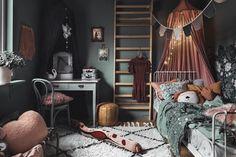 Barnens rum i Family living Big Girl Rooms, Boy Room, Kids Room, Design Hall, Deco Design, Girls Bedroom, Bedroom Decor, Fantasy Bedroom, Cozy Bed
