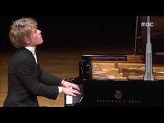 Lucas Jussen - Beethoven 'Waldstein' Sonata - YouTube