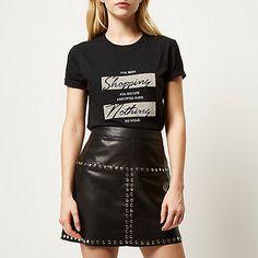 Black textured shopping print t-shirt