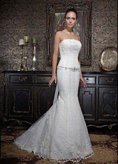 Vestido de novia #outlet por 350€ con arreglos en tienda #innovias
