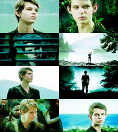 Peter Pan (Robbie Kay), Once Upon a Time. I'm never gonna get over him. He is NOT dead to me! Peter Pan Movie, Peter Pan Ouat, Robbie Kay Peter Pan, Best Tv Shows, Best Shows Ever, Favorite Tv Shows, Captain Swan, Captain Hook, Once Upon A Time Peter Pan