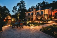Outdoor living spaces, like patios, fire pits and outdoor kitchens, can extend your home's entertaining areas. Let us help with your outdoor living space! Paver Designs, Bohemian Patio, Patio Makeover, Patio Plants, Brick Patios, Backyard Patio, Gravel Patio, Patio Wall, Patio Design
