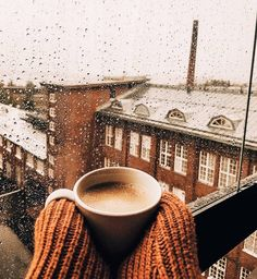 Sometimes all I need is a cozy spot, a warm drink, and the stillness of a rainy autumn day. For in those moments, fantasy might fend off reality. Cozy Aesthetic, Autumn Aesthetic, Brown Aesthetic, Christmas Aesthetic, Aesthetic Outfit, Aesthetic Collage, Aesthetic Vintage, Autumn Coffee, Autumn Cozy