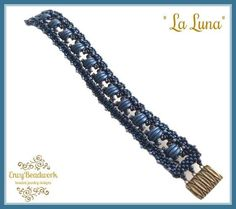 This is a 6 pages PDF instant download file on how to make the Bracelet La Luna. This tutorial has several diagrams and written instructions and they are easy to follow. La Luna has a base of CRAW and is embellished with seed beads, Crescent Beads and O- Beads. This is not a finished piece of jewelry. Level: ADVANCED You must have knowledge of CRAW and how to make corners and how to read diagrams. Used materials : seed beads 11/0 in 2 colors, Crescent beads, O- Beads, clasp of your cho...