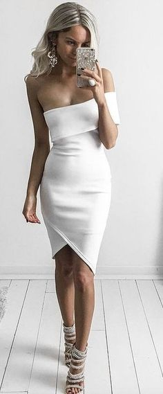 #goddess #kleopatra #eboutique #outfits | White Asymmetrical Dress