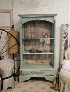Another Shabby Chic beauty in cottage aqua.