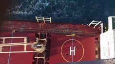 FAB resgata comandante de navio com infarto em alto-mar