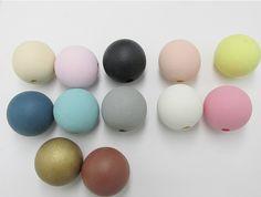 Cheap El envío gratuito! 20mm a 35mm Cuentas De Madera Natural de Color Pastel, Compro Calidad Cuentas directamente de los surtidores de China: CARACTERÍSTICAS 1) Nombre: pastel redondo cuentas de madera 2) tamaño: 20mm/35mm 3) color: como imagen
