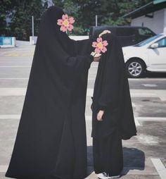 Beautiful Muslim Women, Beautiful Hijab, Hijabi Girl, Girl Hijab, Muslim Wedding Dresses, Dress Wedding, Hijab Dress, Dress Muslimah, Islam Women
