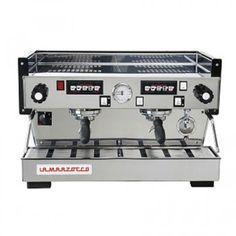 New La Marzocco Linea Classic Espresso Machine 2 Group Cheap Coffee Machines, Coffee Shop Business, Vintage Cafe, Cafe Style, Cappuccino Cups, Barista, Brewing, Coffee Maker, Classic