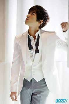 Shinhwa Pics for their Anniversary Anniversary Pictures, 10 Anniversary, Lee Min Woo, Kpop, My Man, Boy Bands, My Idol, Fangirl, Blazer