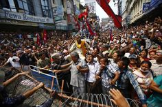 Nepal braces for instability, unrest after political leaders fail to agree on constitution