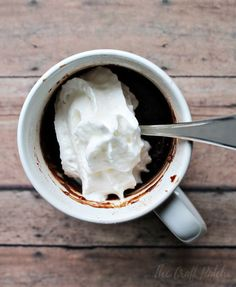 Make this chocolate lava microwave mug cake in less than a minute using basic baking ingredients and no eggs. A quick way to satisfy that midnight chocolate craving.