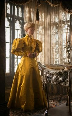 Few new images of Edith's gowns in Crimson Peak [x]