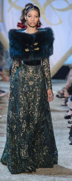 Elie Saab Fall-winter 2017-2018 - Couture - http://www.orientpalms.com/Elie-Saab-6834 - ©ImaxTree
