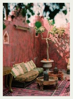 Yard with pink walls | An Indian Summer: In the mood for