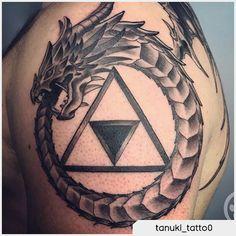 Tattoo drago ouroboros  --------- uroboro tattoo, uroburo tattoo, uroboros tattoo, ouroboros tattoo Ouroboros Tattoo, Back Tattoo, Deathly Hallows Tattoo, Triangle, Tattoos, Dibujo, Tattoo Back, Tattoo, Back Tattoos