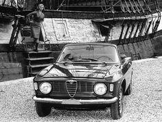 1966 Alfa Romeo Giulia GTC | Flickr - Photo Sharing!
