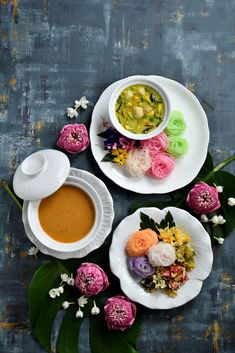 Thai Recipes, Clean Recipes, Cooking Recipes, Food Cart Design, Party Food Platters, Bangladeshi Food, Tasty Thai, Thai Dessert, Asian Cooking