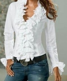 Shop Boston Proper for women's fashion that is chic, sensuous and unique. Exclusive designs with the most wanted styles in tops, jeans and pants. Browse for the newest must-have dresses, knit tops and accessories Blouse Styles, Blouse Designs, Mode Outfits, Stylish Outfits, Look Fashion, Womens Fashion, Fashion Design, Mode Pop, Elegantes Outfit