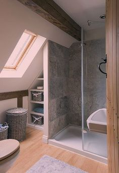 Small bathroom renovations 741827369855720808 - Amazing Genius Attic Bathroom Remodel Design Ideas Source by briellencayenne Loft Bathroom, Bathroom Layout, Small Bathroom, Bathroom Ideas, Budget Bathroom, Washroom, Bathroom Vanities, Master Bathrooms, Bathroom Designs