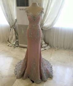 Stunning! Miss World Philippines 2015 Hillarie Parungao Top Model gown. Designed by Filipino designer Mak Tumang.