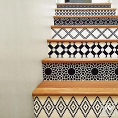 Black and White Moroccan Interior Design - DIY Stair Riser Decals for Decorating - Wallternatives Diy Interior, Classic Interior, Decor Interior Design, Simple Interior, Interior Livingroom, Scandinavian Interior, Interior Decorating Styles, Moroccan Tiles, Moroccan Decor