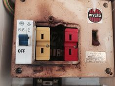asbestos fuse lining in old style 3 phase fuse board. Black Bedroom Furniture Sets. Home Design Ideas