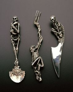 the vertebrae on the edge of the knife? oh, yes
