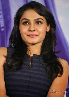 Andrea Jeremiah photos at Tamil film Valiyavan Press Meet 6