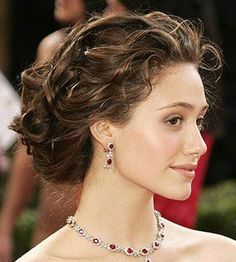 An updo hairstyle is a grooming of the hair which lifts the hair up off of the shoulders instead of letting it fall naturally. beautiful updo hairstyles here