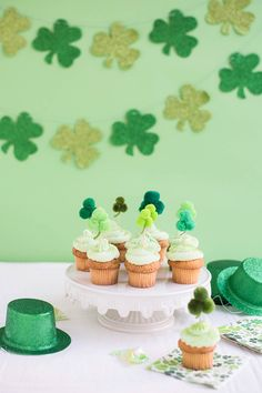 Pom Pom Shamrock Cupcake Toppers DIY | Oh Happy Day! Easy Diy Crafts, Crafts For Kids, Cupcake Toppers, Cupcake Cakes, St Patricks Day Food, Gold Party Decorations, Luck Of The Irish, Cute Cakes, Happy Day