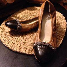 AUTHENTIC~ ATTILIO GUISTILEOMBRUNI LEATHER WEDGE GORGEOUS~ DESIGNER AGL WOMEN'S WEDGE FLATS - SIZE 40 1/2- EXCELLENT CONDITION AGL Shoes Wedges