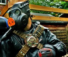 Road Pig the raider gas mask by Fallout6Bazaar on Etsy, £70.00