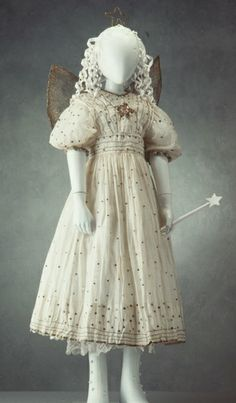 This fairy costume was worn at a Sunday School concert in the Sydney suburb of Balmain in about 1913 or Fairy Fancy Dress Costume, Fairy Dress, Fairy Costumes, Vintage Kids Clothes, Vintage Outfits, Vintage Fashion, Edwardian Fashion, Vintage Children, Princess Tutu Dresses