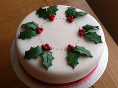 Simple Christmas Cake Decorating Ideas