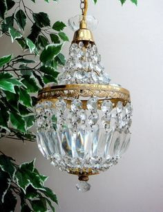 vintage chandeliers...would be sooo pretty in a bathroom