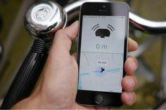 feitsapp bel. Vind je fiets terug met automatische bluetooth en gps bepaling. De fietsbel kan je op je fiets installeren en vervolgens installeer je een app op je smartphone. In de fietsbel zit een bluetooth connectie die contact kan maken met je smartphone en dus je app. Als je van je fiets wegloopt, wordt de verbinding tussen de fietsbel en de smartphone verbroken. In de app wordt dan een locatiepin gezet waarmee je op gps basis je fiets kan terugvinden.