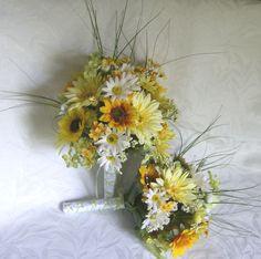 Bridal bouquets and boutonnieres daisy gerbera daisy sunflower 4 piece wedding bouquet set #EasyPin